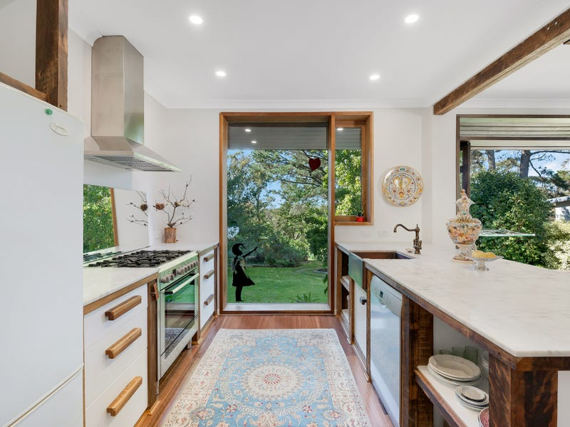 14 St Georges Road, Leura, NSW 2780