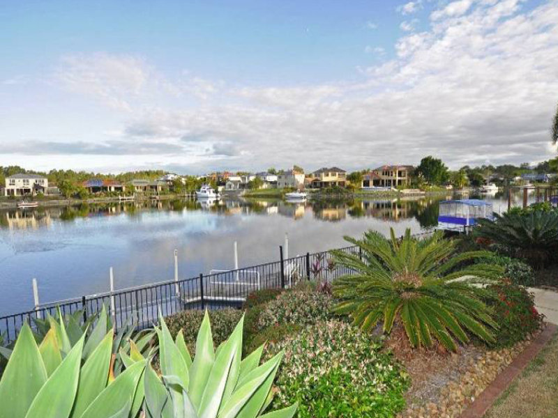 27 Glenwater Crescent, Helensvale, Qld 4212