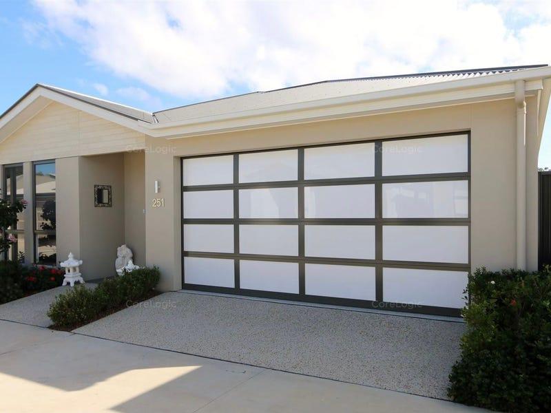 251 Moonstone Drive, Bongaree, Qld 4507