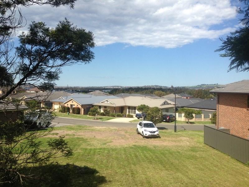 10 Gerongar Crescent, Haywards Bay, NSW 2530