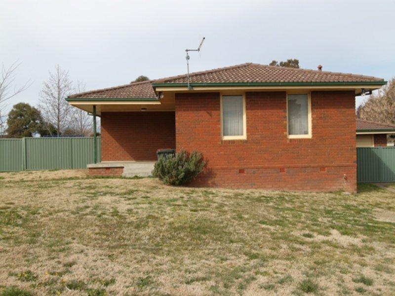 7 Hawkins Street, Bathurst, NSW 2795