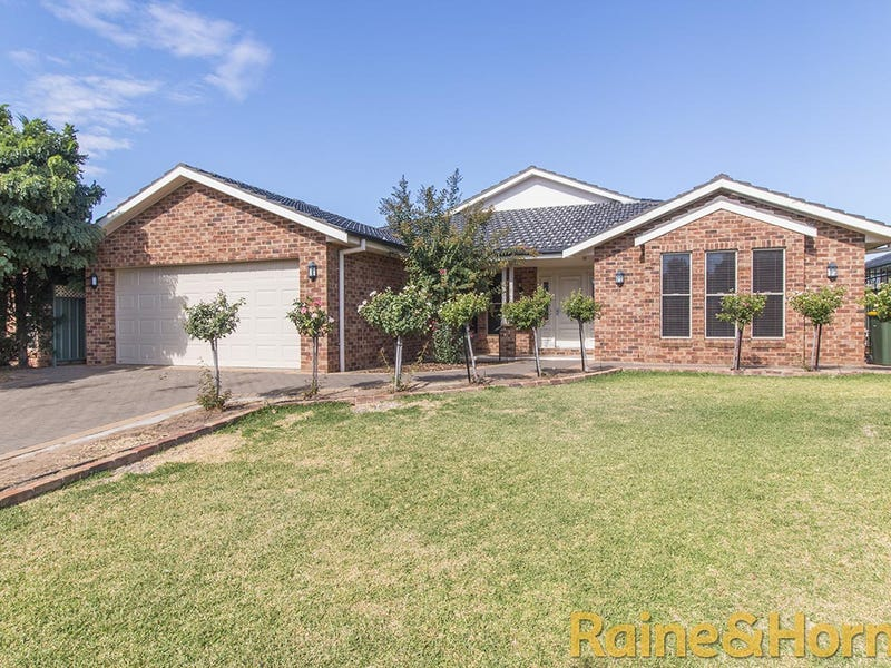 37 Cypress Point Drive, Dubbo, NSW 2830