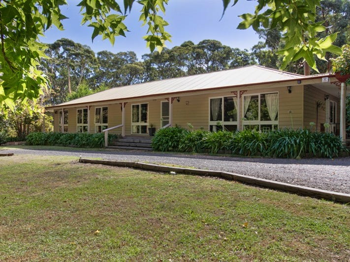 74 Garner Quadrant, Woodend, Vic 3442