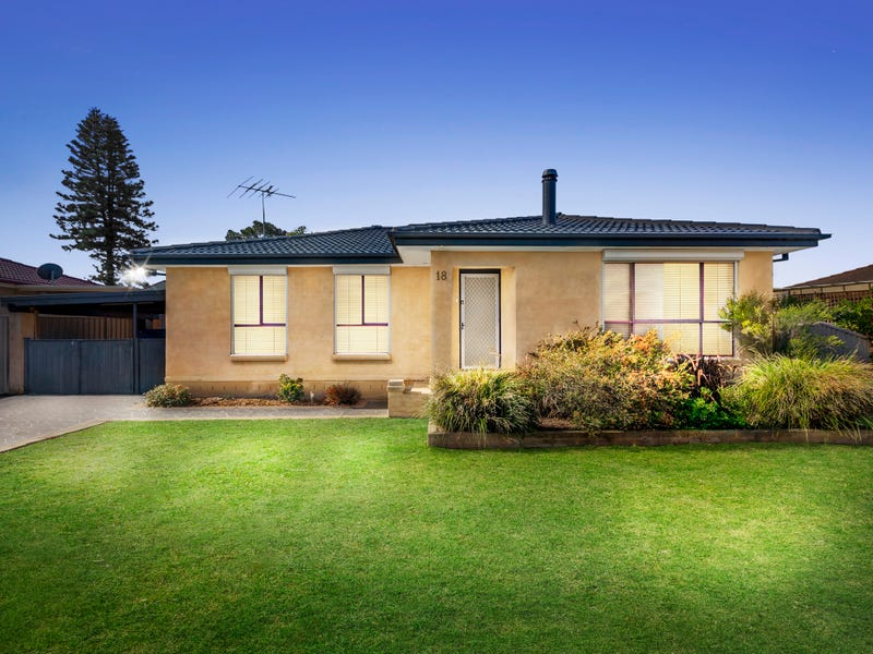 18 Andrew Thompson Drive, McGraths Hill, NSW 2756