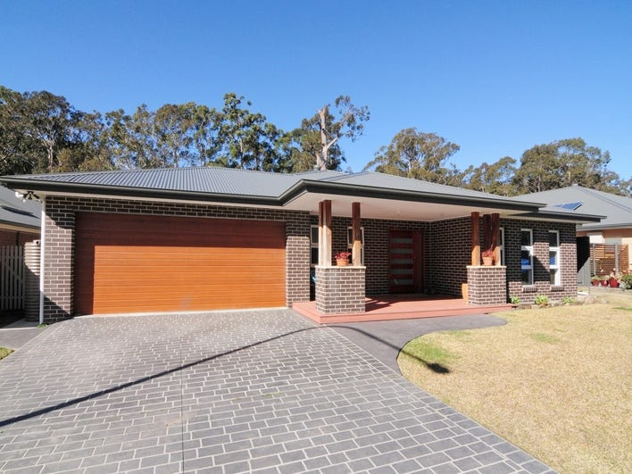 42 Coaster Circuit, Vincentia, NSW 2540