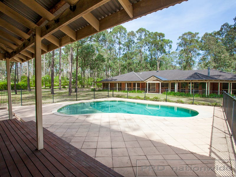 10 Diamantina Place, Wallalong, NSW 2320