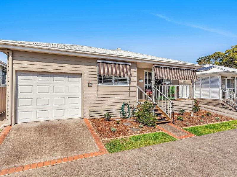 145/2 Saliena Avenue, Lake Munmorah, NSW 2259