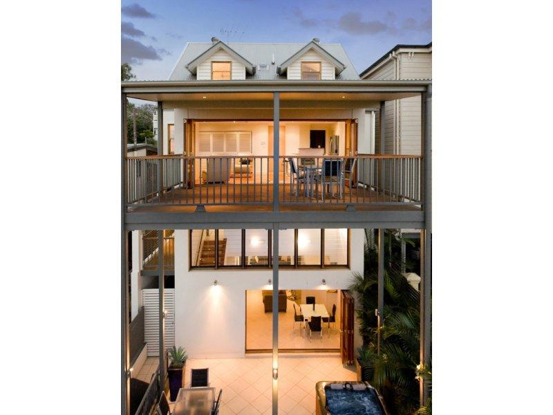 24 Mountjoy Street, Brisbane City, Qld 4000