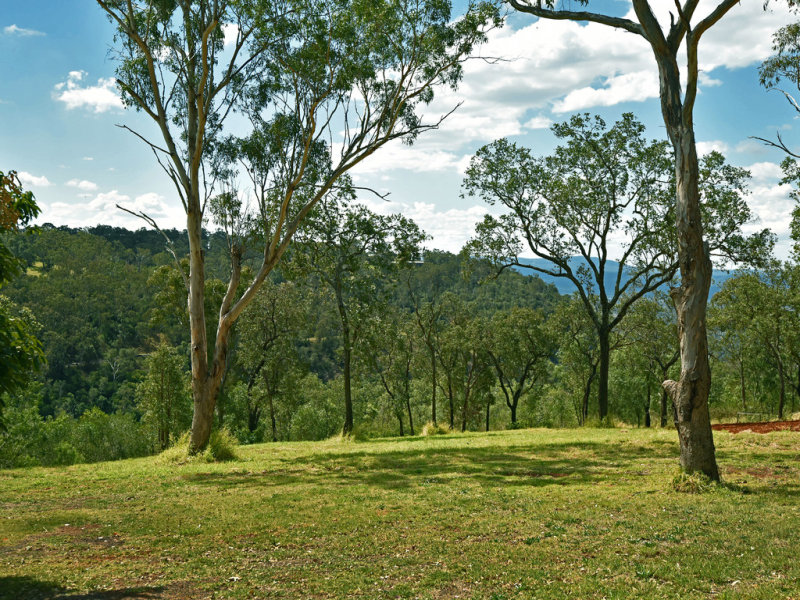 320 Prince Henry Drive, Prince Henry Heights, Qld 4350