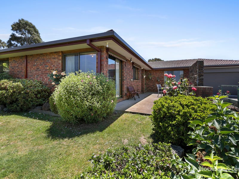 2 Warralong Court, Leongatha, Vic 3953