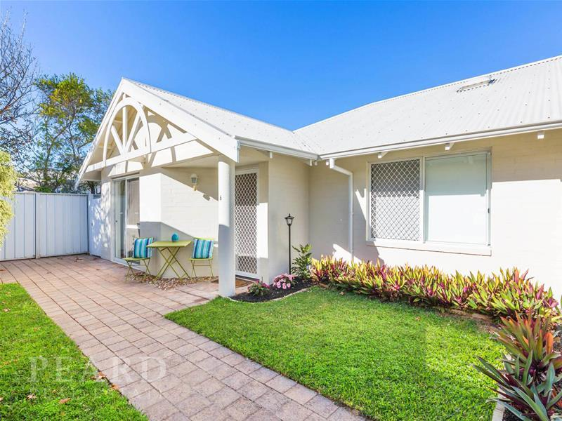 6/19 Flora Terrace, Watermans Bay, WA 6020