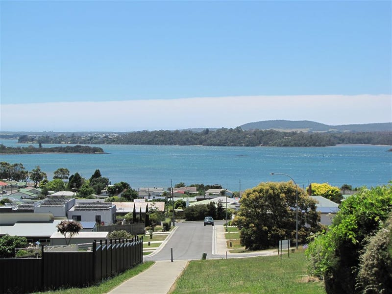 13 Cosgrove Court, Beauty Point, Tas 7270