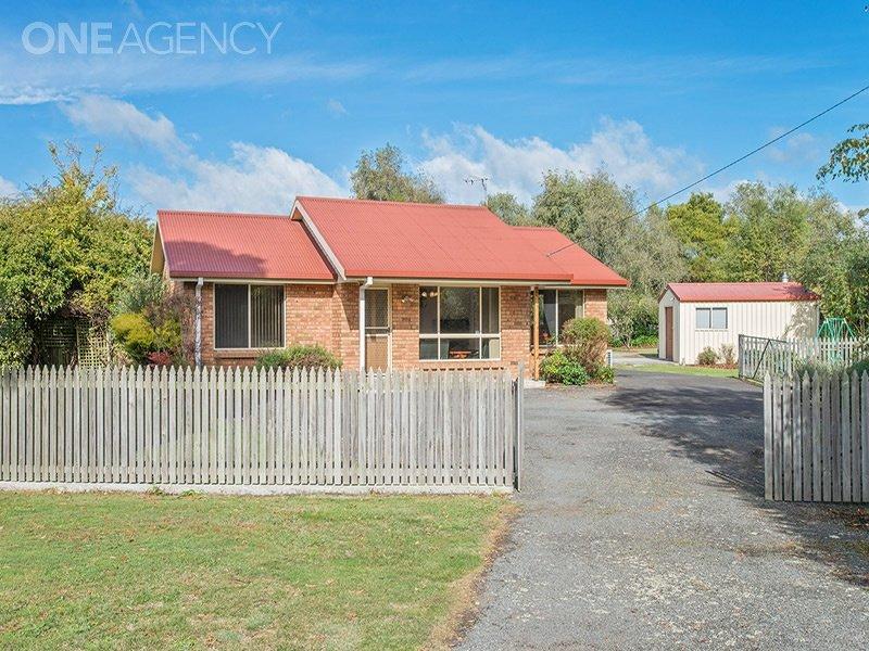 4 Swan Point Road, Swan Point, Tas 7275