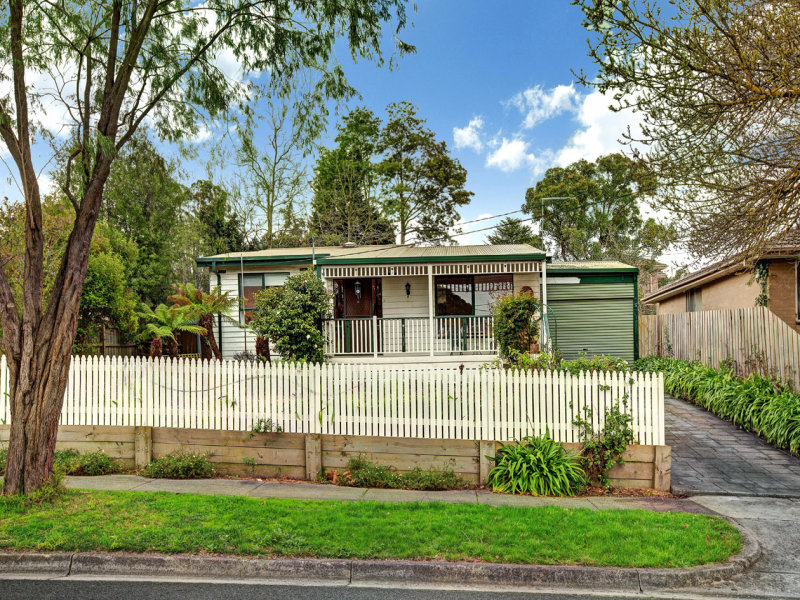 131 Belmont Road East, Croydon South, Vic 3136