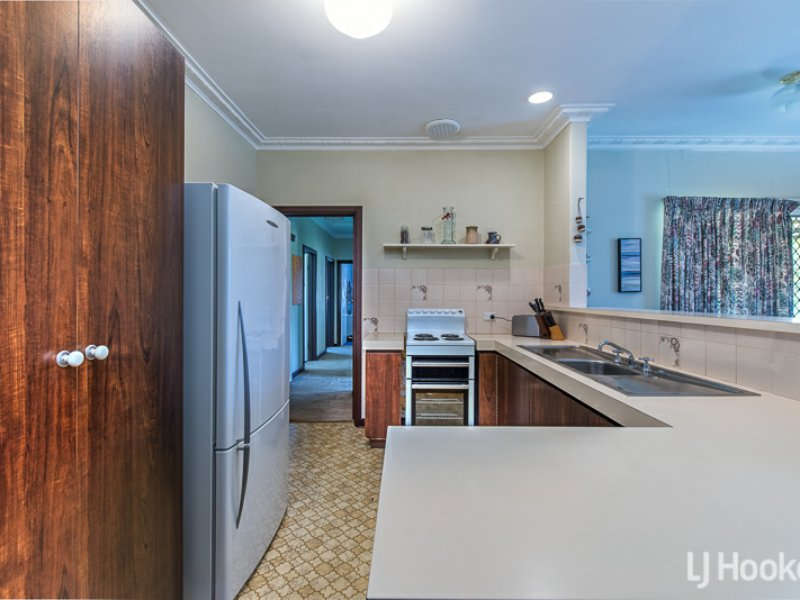 11 Wynyard Way, Thornlie, WA 6108