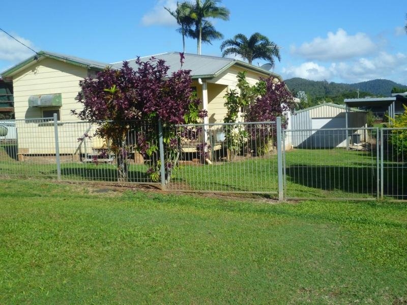 11 Henderson Street, South Johnstone, Qld 4859