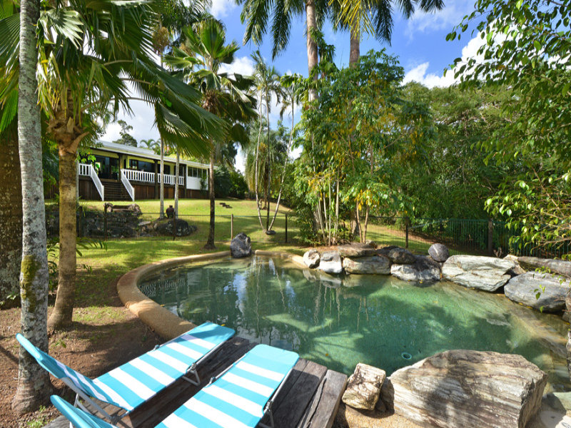1 - 3 Mt William Cl, Redlynch, Qld 4870