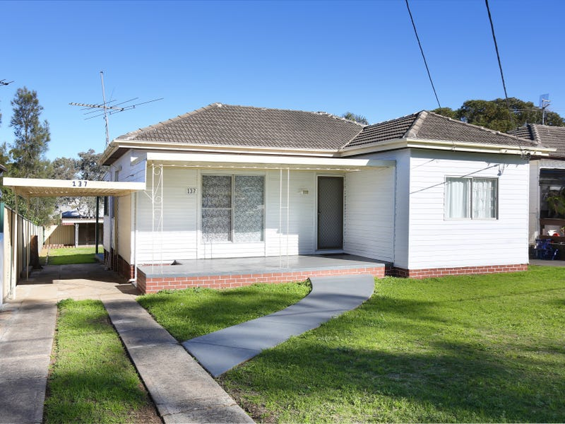 137 Orchardleigh St, Old Guildford, NSW 2161