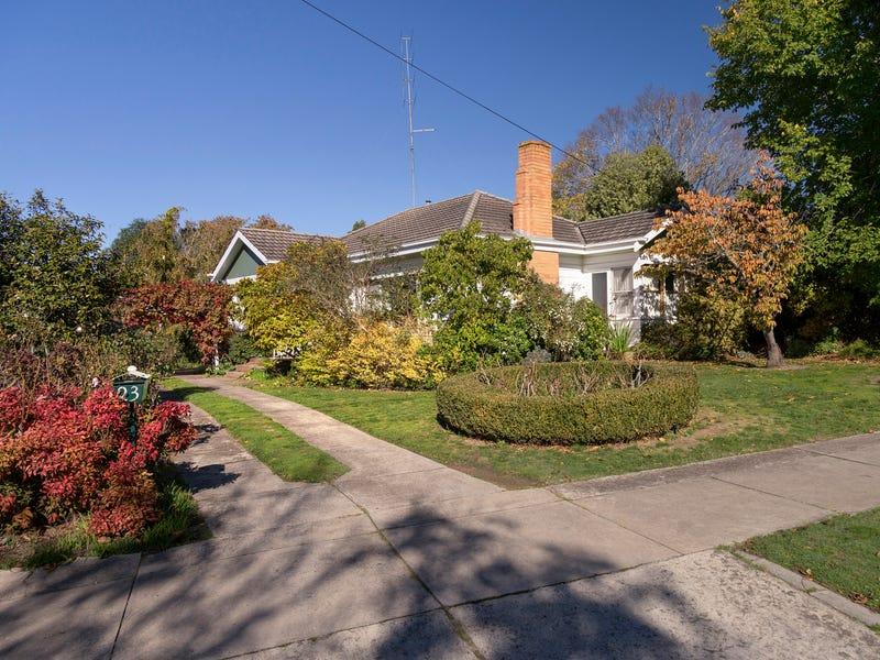 23 Alexander Avenue, Wendouree, Vic 3355