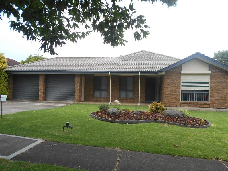 8 YOUNG STREET, Trott Park, SA 5158