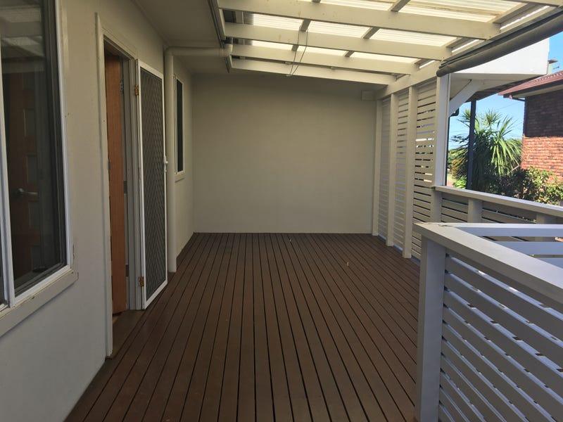 115 Mitchell Parade, Mollymook Beach, NSW 2539