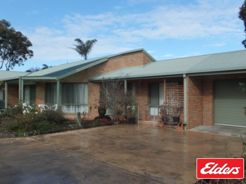 1/10 Jemmeson Street, Lakes Entrance, Vic 3909