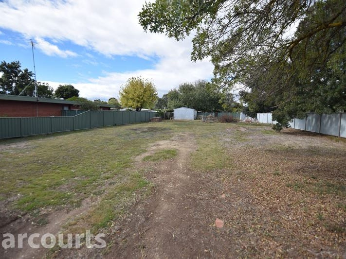52 Ely Street, Oxley, Vic 3678