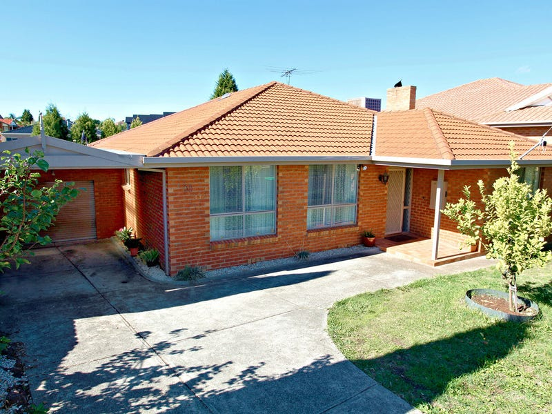68 Hendersons  Rd St, Epping, Vic 3076