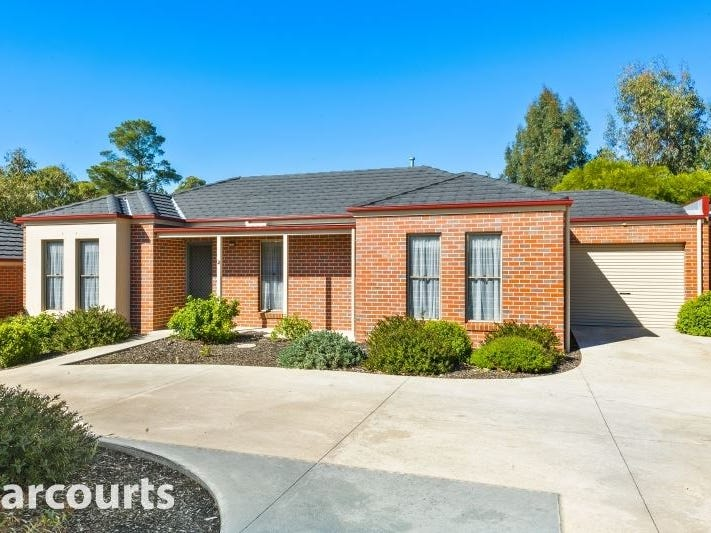 2/1834 Geelong Road, Mount Helen
