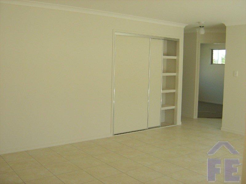 Unit 1/60 Youngman Street, Kingaroy, Qld 4610