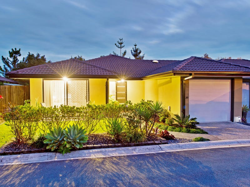 20/136 Pacific Pines Boulevard, Pacific Pines, Qld 4211