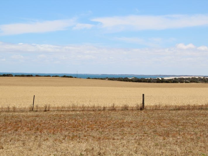 16 & 18 & 4 Meeinderry Drive & Lucy Way Perlubie, Streaky Bay, SA 5680