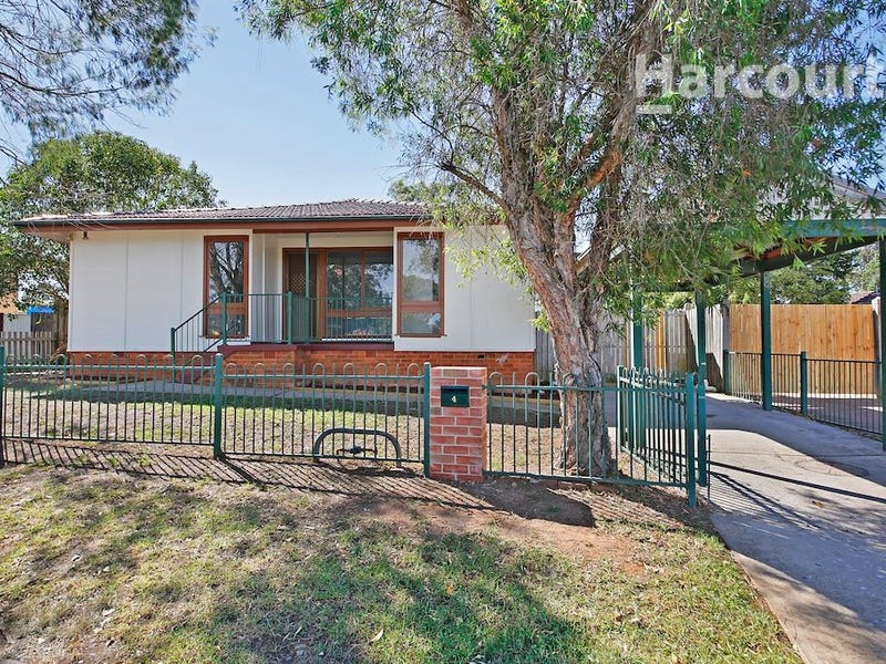 4 Elizabeth Way, Airds, NSW 2560