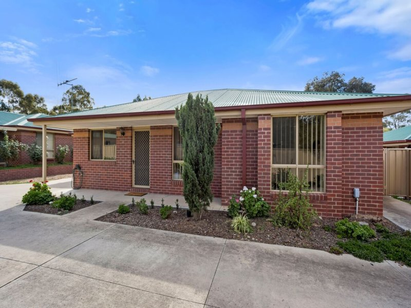 Unit 2/71 Simpsons Road, Eaglehawk, Vic 3556