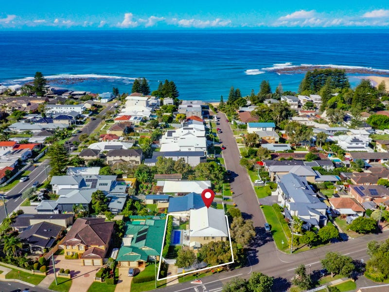 126 Bay Road, Toowoon Bay, NSW 2261