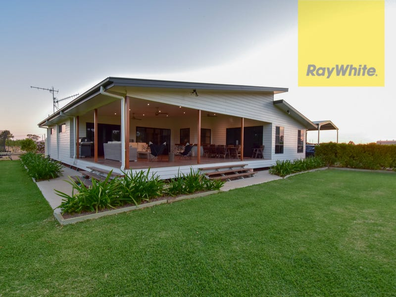 11 Miner Road, Longreach, Qld 4730