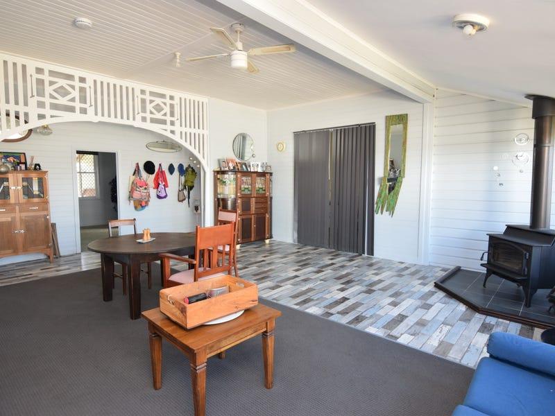 93 Pelham Street, Tenterfield, NSW 2372
