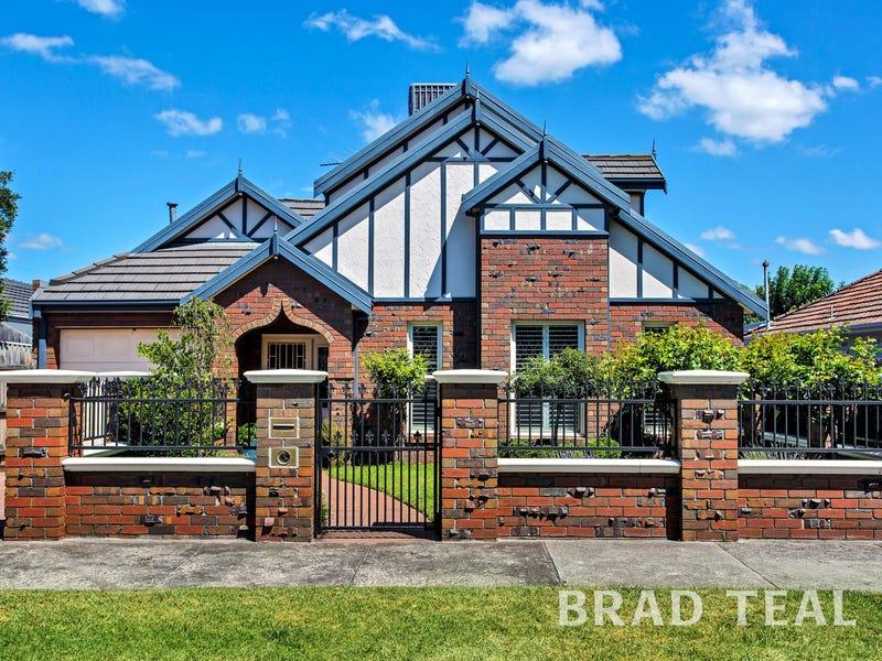 1/13 Henshall Road, Strathmore, Vic 3041