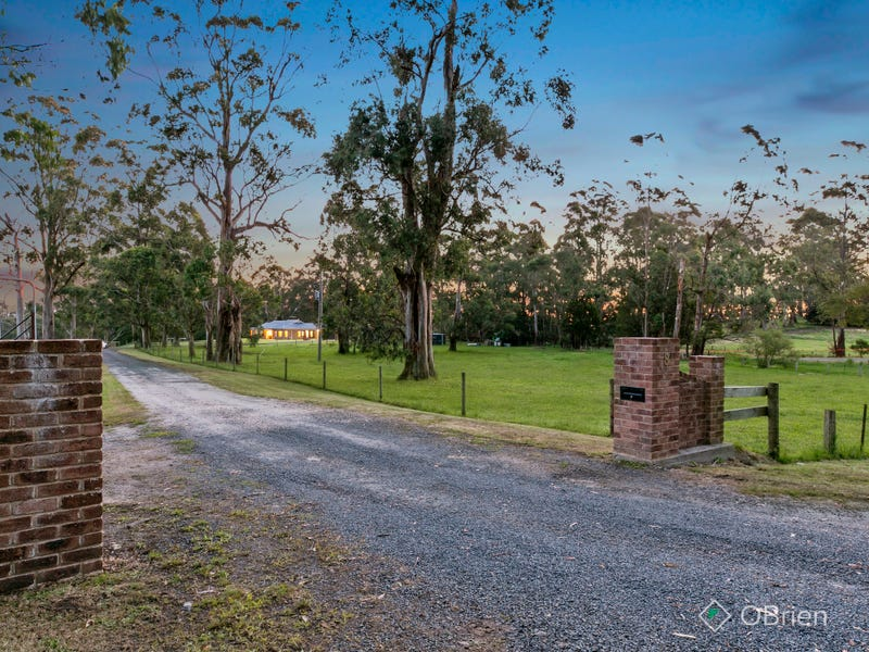 8 Torwood - Topiram Road, Hallora, Vic 3818