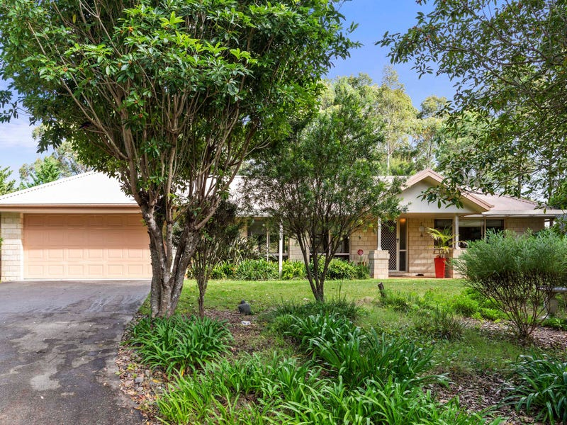 4 River Link Road, Mossy Point, NSW 2537