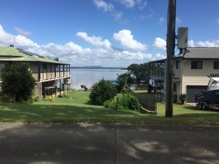 42 Bangalow St, Russell Island, Qld 4184