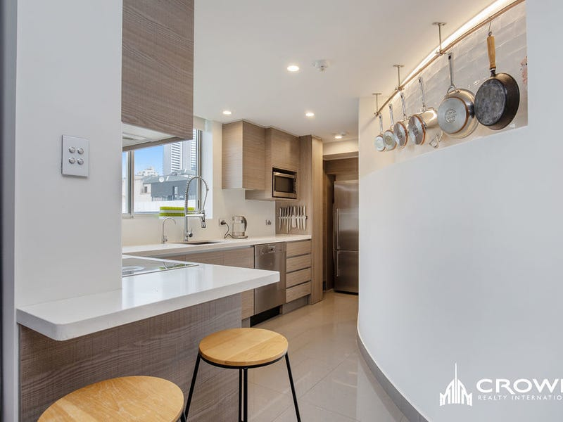 Level 7/67 Ferny Avenue, Surfers Paradise, Qld 4217