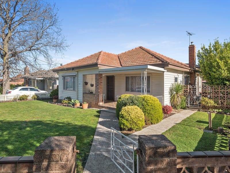 127 Deakin Street, Essendon, Vic 3040
