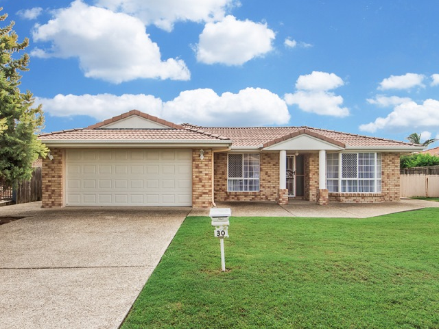 30 Resolution Parade, Flinders View, Qld 4305