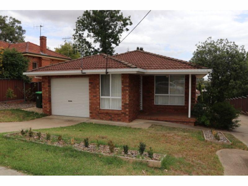 1/143 Mitre Street, Bathurst, NSW 2795