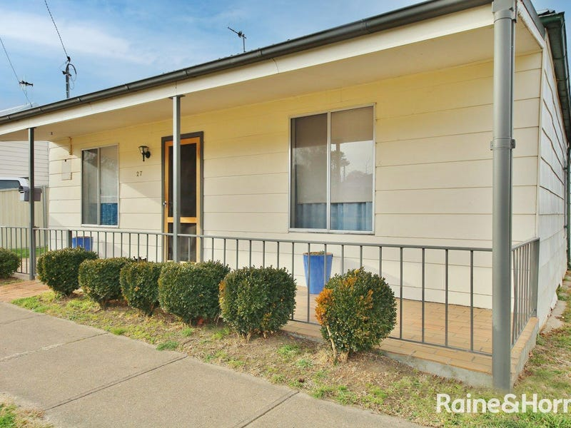 27 Lambert Street, Bathurst, NSW 2795