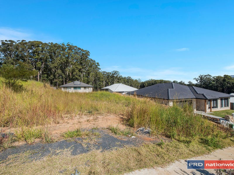 8 Mountain View Court, Bonville, NSW 2450