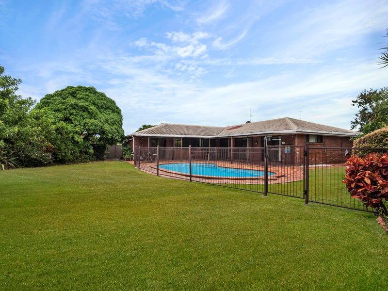 13 Maple Court, Burleigh Waters, Qld 4220