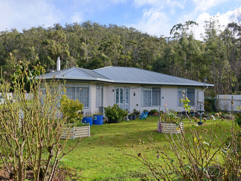 96 Lowes Road, Garden Island Creek, Tas 7112