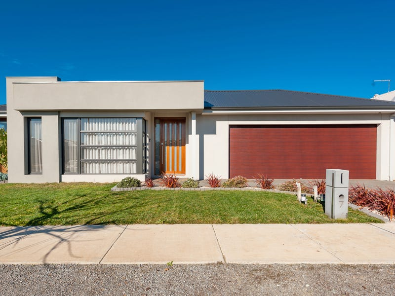 7 Mountview Drive, Diggers Rest, Vic 3427
